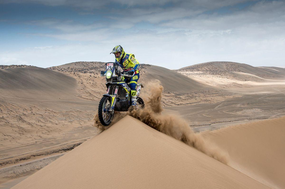 Lorenzo Santolino kiemelkedo helyezese a maratoni 2019-es Dakar szakaszon (4)