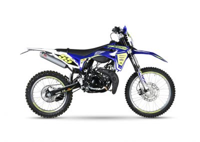 50-SE-FACTORY-RACING-0-1200x797