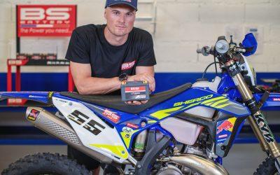 BS AKKUMULÁTOR és SHERCO – Új partnerség minden Racing és gyári motorhoz